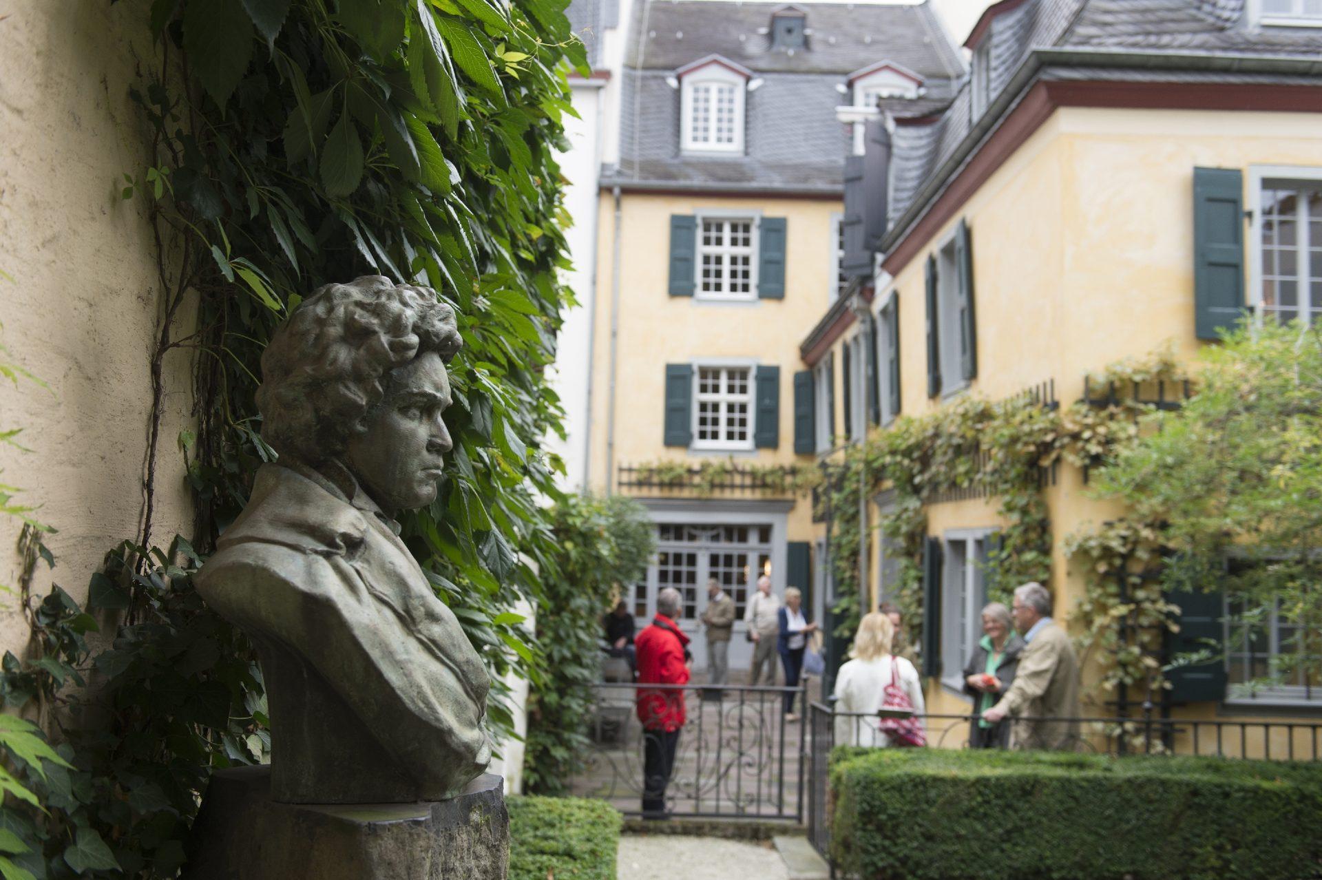 Auf den Spuren Beethovens: Fahrt nach Bonn am Sonntag, den 8. März 2020