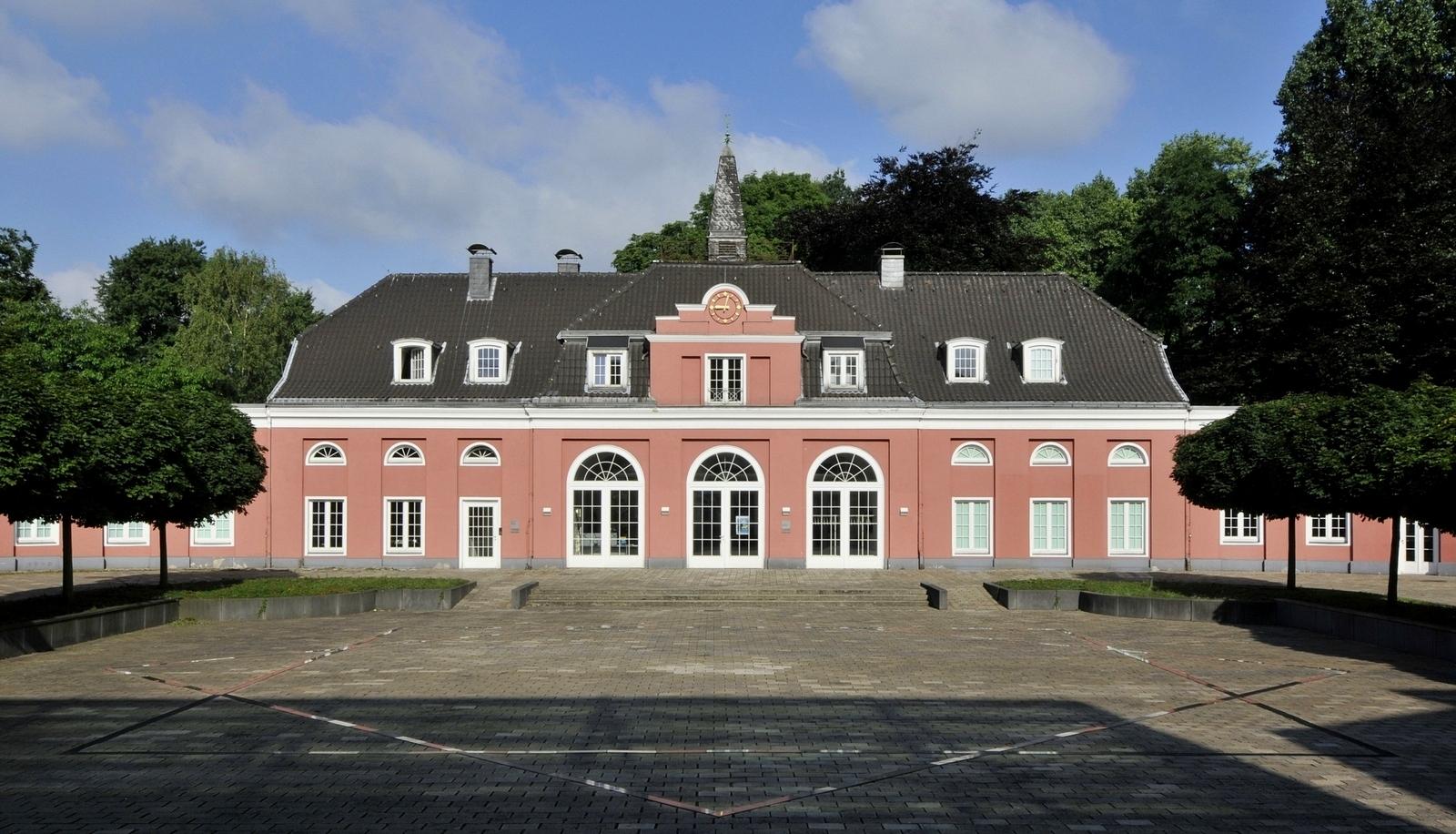 Ausstellungsbesichtigungen in Schloss Oberhausen