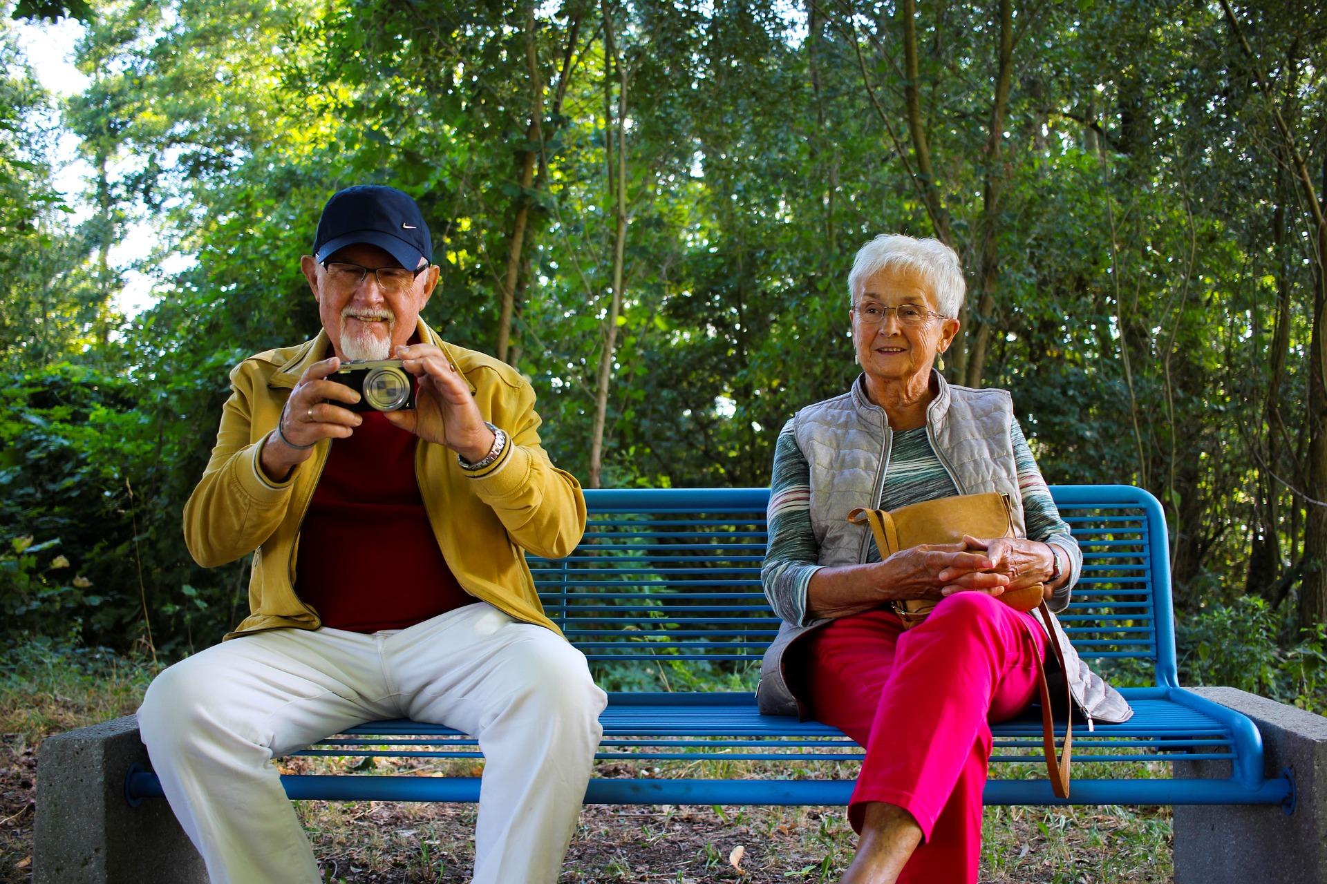 """""""Selbst die Senioren sind nicht mehr die alten…"""" – Zum Wandel des Alters in Kirche und Gesellschaft"""
